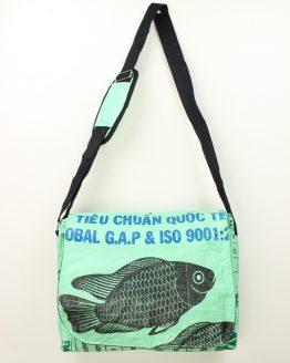 Schultertasche Fisch mint
