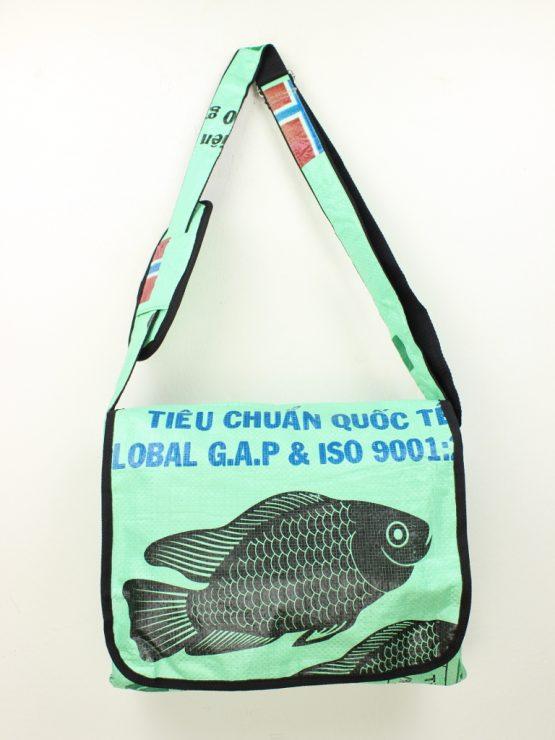 Schultertasche Fisch mint rand